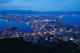 函館山からの夜景の写真素材 [FYI04597887]