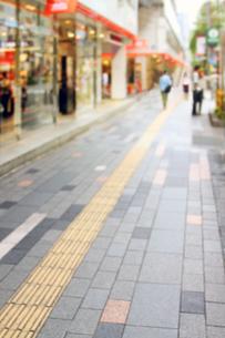 ショッピング街の写真素材 [FYI04598450]