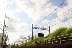 街 電車の写真素材 [FYI04598541]