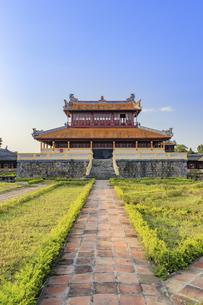 フエ王宮(阮朝王宮 グエン朝王宮)ベトナム フエの写真素材 [FYI04599744]