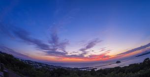 北海道 風景 室蘭市 水平線と夕焼けの写真素材 [FYI04600288]