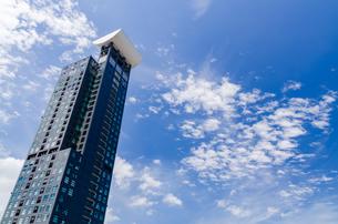 門司港レトロ地区高層ビルの写真素材 [FYI04601005]