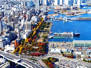 横浜港空撮の写真素材 [FYI04601034]