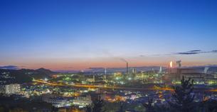 北海道 風景 潮見公園より室蘭市街遠望 (夕景)の写真素材 [FYI04601557]