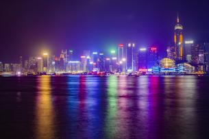 中国 香港 香港島の夜景の写真素材 [FYI04601827]