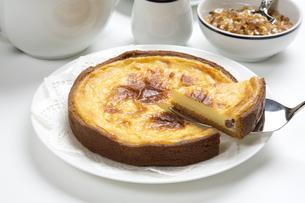 焼きチーズケーキの写真素材 [FYI04602271]