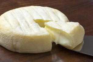 カマンベールチーズの写真素材 [FYI04602311]