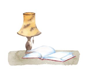 本とランプの水彩画のイラスト素材 [FYI04602468]