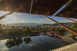 松本城から見た松本市市内 長野県松本市の写真素材 [FYI04603090]