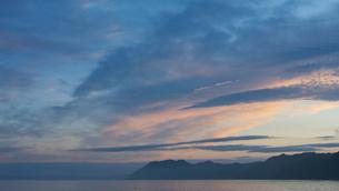 夕日の海の写真素材 [FYI04603637]