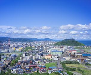 北海道 風景 潮見公園より市街遠望 の写真素材 [FYI04603994]