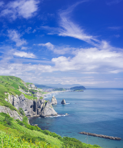 北海道 自然 風景 断崖と海の写真素材 [FYI04604010]