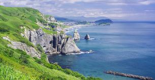 北海道 自然 風景 断崖と海の写真素材 [FYI04604011]