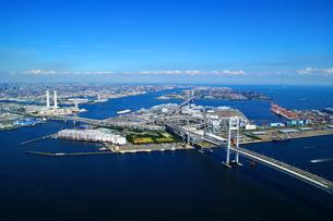 横浜大黒埠頭空撮の写真素材 [FYI04604762]