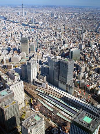 東京の街並み空撮の写真素材 [FYI04605052]
