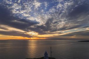 岬からの朝空の写真素材 [FYI04605229]