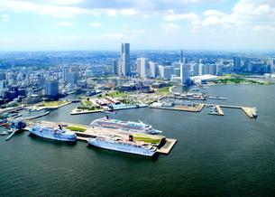 横浜港空撮の写真素材 [FYI04605275]