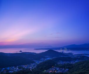 北海道 風景 測量山より室蘭市街遠望 (夕景)の写真素材 [FYI04605546]