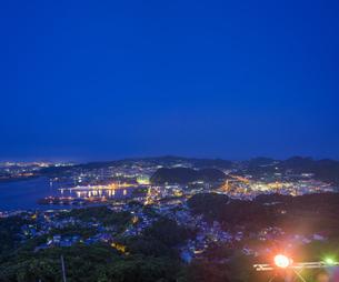 北海道 風景 測量山より室蘭市街遠望 (夕景)の写真素材 [FYI04605548]