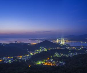 北海道 風景 測量山より室蘭市街遠望 (夕景)の写真素材 [FYI04605551]