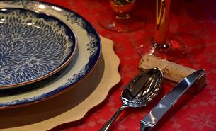 食卓の食器の写真素材 [FYI04606030]