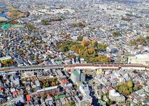狛江の街並み空撮の写真素材 [FYI04606937]