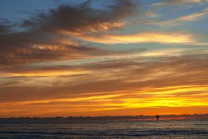 海の夕焼けの写真素材 [FYI04607132]