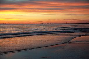 西浜海岸夕景の写真素材 [FYI04607139]