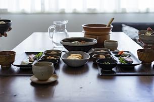 食卓の写真素材 [FYI04607309]