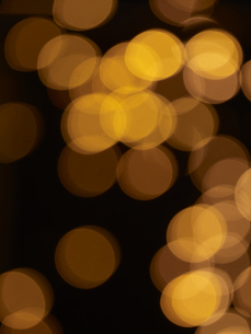 闇の中に輝く光の写真素材 [FYI04607529]