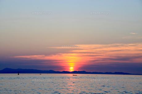 夕暮れの紀淡海峡の写真素材 [FYI04607675]