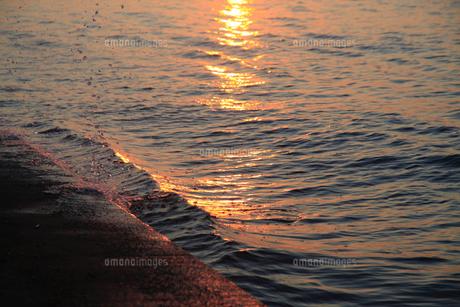 波の写真素材 [FYI04607681]