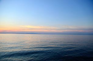 夕暮れの海の写真素材 [FYI04607684]