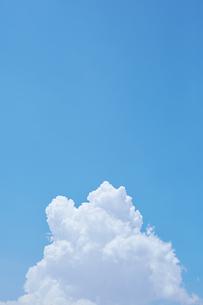 入道雲と青空の写真素材 [FYI04608158]