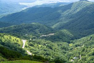 夏の車山山頂からの眺望の写真素材 [FYI04608662]