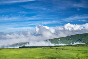 真夏の山形 月山の写真素材 [FYI04609324]