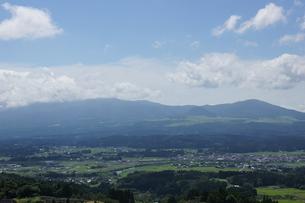 肥薩線からの車窓風景の写真素材 [FYI04610461]