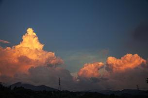 夕焼け雲の写真素材 [FYI04610579]