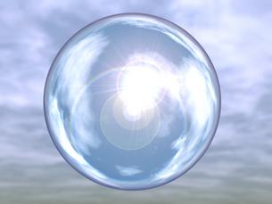 屈折して空を映す透明球体のイラスト素材 [FYI04611144]