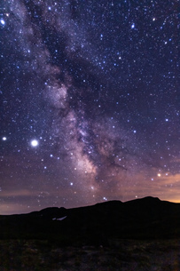 北海道 黒岳山頂からの星空と天の川の眺望の写真素材 [FYI04611506]