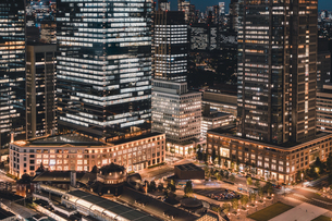 東京・丸の内の夜景の写真素材 [FYI04613722]