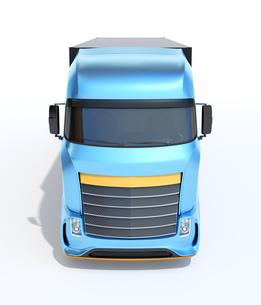 白バックにメタリックブルー大型電動トラックの正面イメージの写真素材 [FYI04614546]