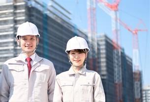 男性と女性の作業員とビジネスウーマンの写真素材 [FYI04615214]