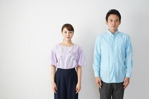 日本人カップルの写真素材 [FYI04616245]