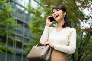 日本人女性の写真素材 [FYI04616326]
