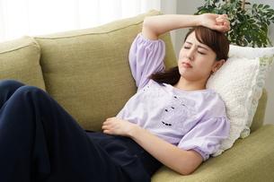 日本人女性の写真素材 [FYI04616337]