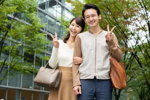 日本人カップルの写真素材 [FYI04616363]