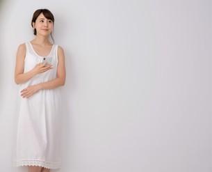 日本人女性の写真素材 [FYI04616524]