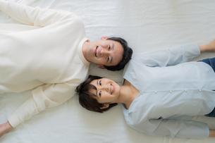 日本人夫婦の写真素材 [FYI04616663]