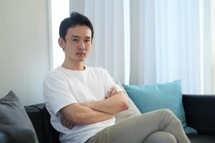 日本人男性の写真素材 [FYI04617252]